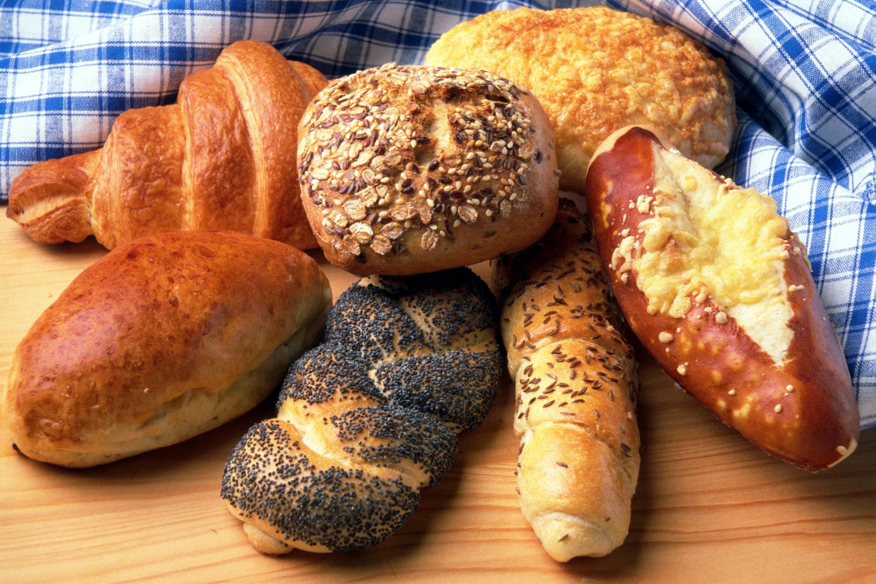 bakeri-boller-brod-croissant-2434.jpg