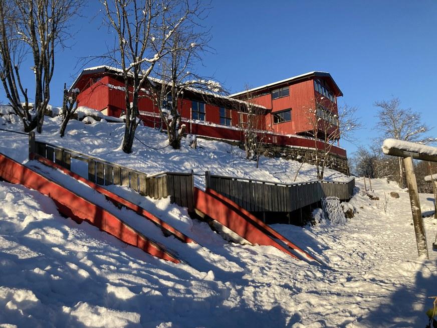 bortigard fasade vinter